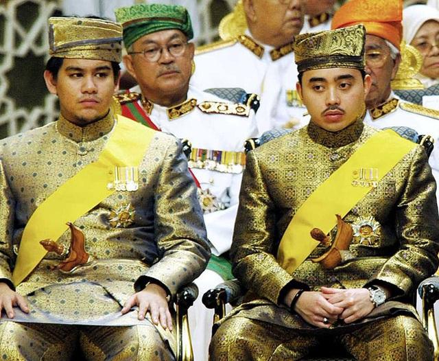 Hoàng tử quá cố của Brunei thích giao du với sao Hollywood - Ảnh 4.