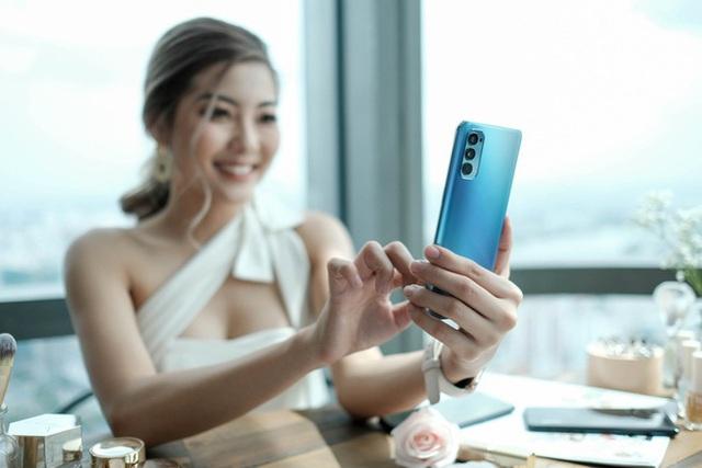 Loạt smartphone màu xanh dương giống iPhone 12 nhưng giá bằng một nửa - Ảnh 6.