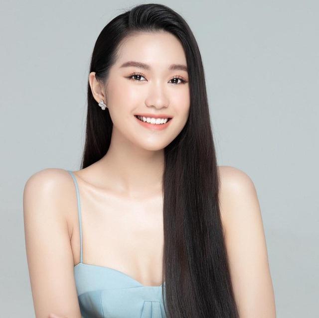 Rộ tin Văn Hậu hẹn hò thí sinh hot nhất Hoa hậu Việt Nam 2020, động thái lạ nói lên tất cả? - Ảnh 5.