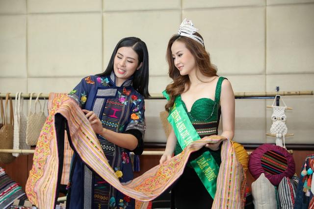Hoa hậu Ngọc Hân hội ngộ Khánh Ngân trong Lễ hội văn hóa thổ cẩm Việt Nam  - Ảnh 4.