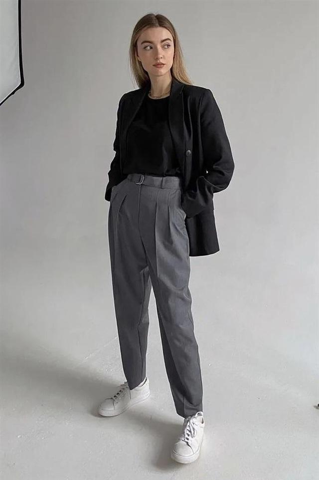 4 kiểu áo mix đẹp cùng quần ống suông, diện lên vừa hack dáng lại vừa sang xịn - Ảnh 15.