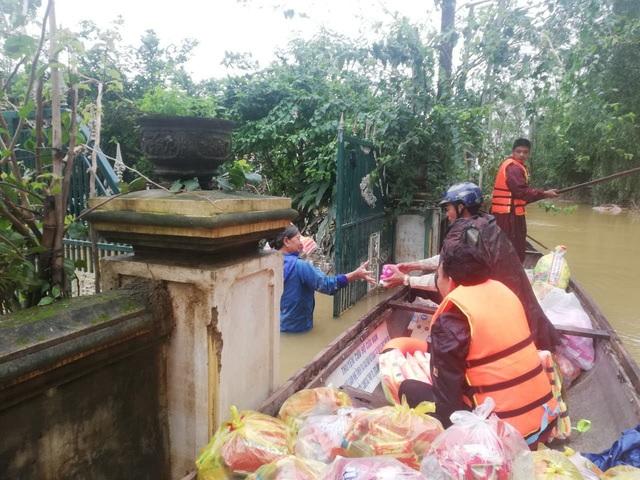 Người dân vùng lũ Quảng Bình nhờ Báo Gia đình và Xã hội gửi lời cảm ơn tới những nhà hảo tâm - Ảnh 3.