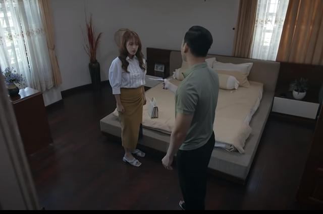 Trói buộc yêu thương tập 24: Bà Lan tiết lộ với Khánh là có tình cảm thật với ông Phong - Ảnh 2.