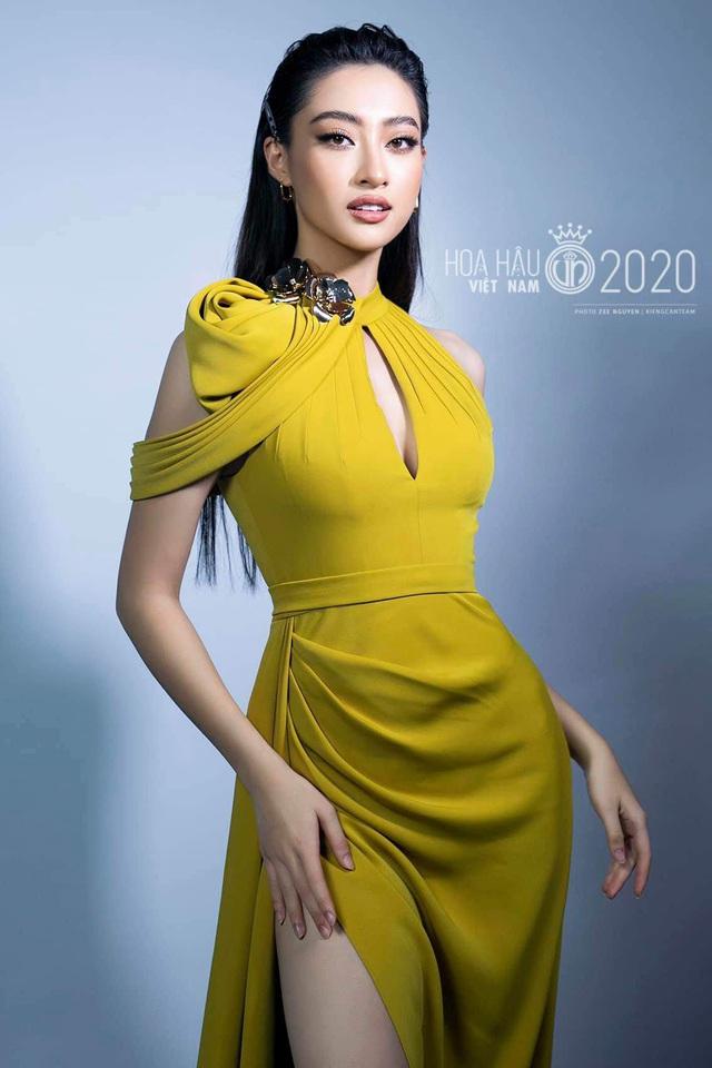Vòng 1 ăn đứt đàn chị, Hoa hậu 2K còn là nàng thơ của NTK Việt nhờ đôi chân 1,22m - Ảnh 3.