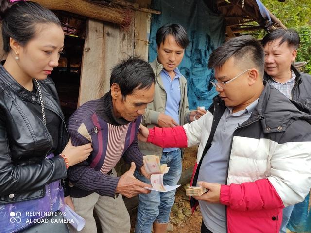 Cận cảnh hành trình đưa gần 300 triệu đồng tới với đồng bào vùng xa, nhiều nơi vẫn còn bị cô lập ở Quảng Bình và Quảng Trị - Ảnh 10.