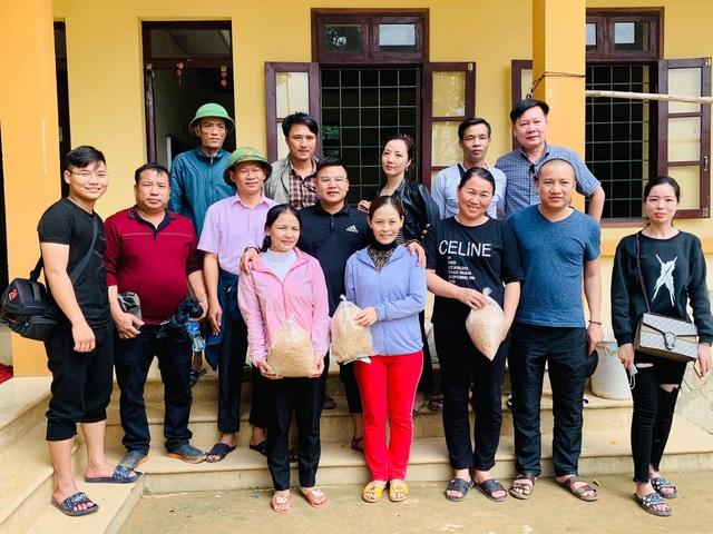 Cận cảnh hành trình đưa gần 300 triệu đồng tới với đồng bào vùng xa, nhiều nơi vẫn còn bị cô lập ở Quảng Bình và Quảng Trị - Ảnh 14.