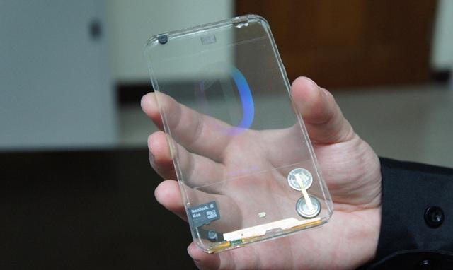 Những mẫu smartphone lạ lùng từng xuất hiện - Ảnh 7.