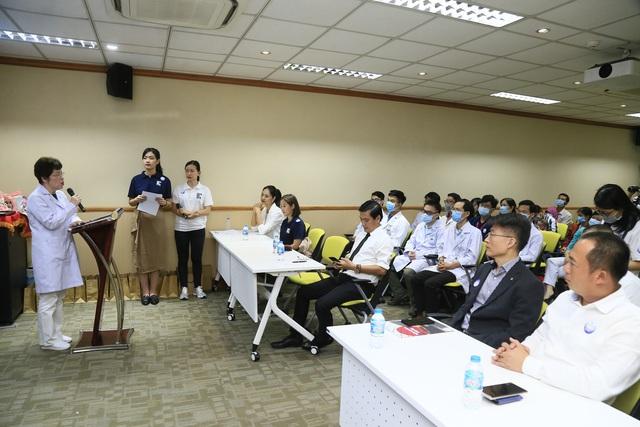 Tiếp nối chương trình vì miền Trung, Điện Máy Xanh mang 'Tết sớm' đến trẻ em hở hàm ếch - Ảnh 2.