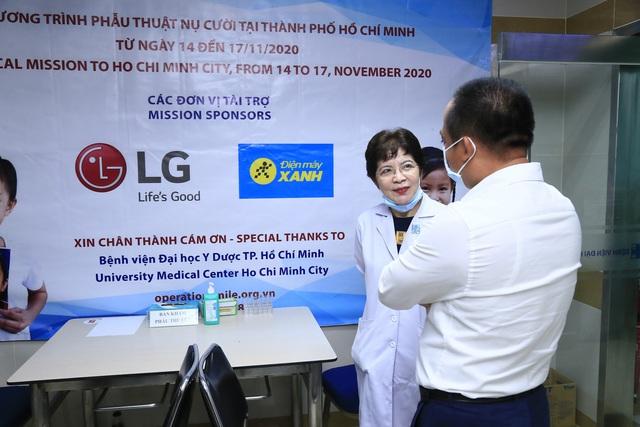 Tiếp nối chương trình vì miền Trung, Điện Máy Xanh mang 'Tết sớm' đến trẻ em hở hàm ếch - Ảnh 5.