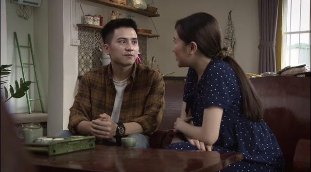 Lửa ấm tập 35: Thủy sốc nặng khi em gái chồng thông báo Minh có con gái với tiểu tam - Ảnh 4.
