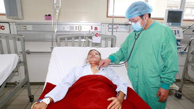 Bệnh nhân mắc Whitmore nhập viện tăng đột biến do mưa lũ - Ảnh 2.