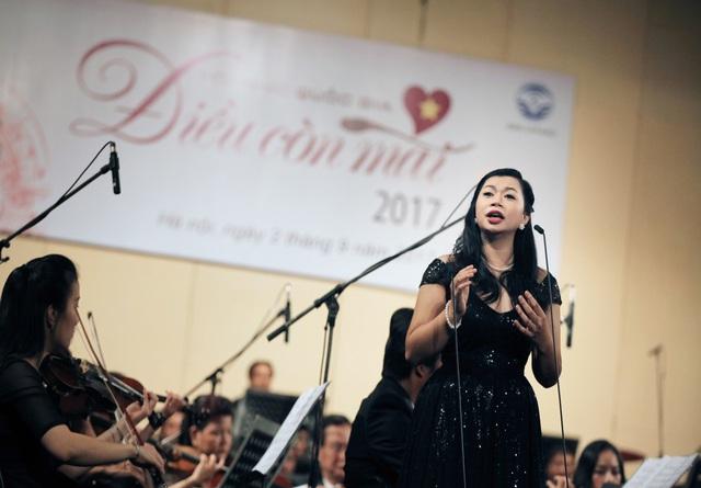 Ca sỹ Opera, giảng viên thanh nhạc Hương Diệp: Mong sẽ có nhiều thế hệ học trò là ca sỹ của nhân dân - Ảnh 1.