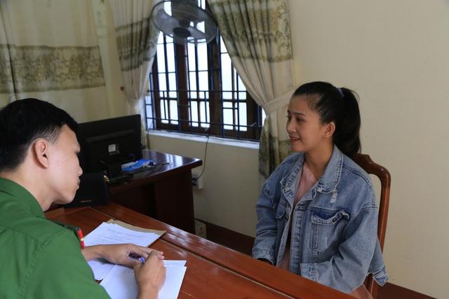 Vụ cô gái bị nhóm người đánh đập dã man ở Thừa Thiên – Huế: Khởi tố 4 bị can - Ảnh 2.