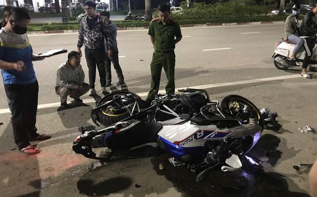 Người lái siêu mô tô BMW đã tử vong sau khi gây tai nạn kinh hoàng ở Nghệ An - Ảnh 2.
