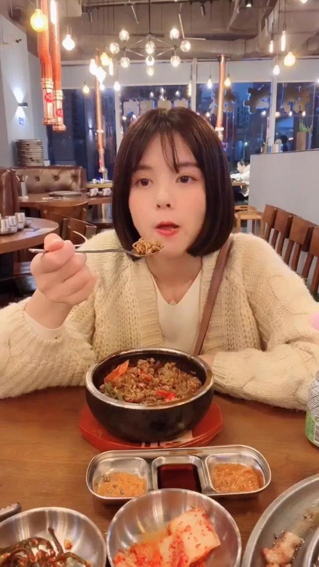3 thói quen đừng dại mà làm vào bữa tối, nếu không tuổi thọ của bạn sẽ âm thầm... ngắn lại - Ảnh 2.