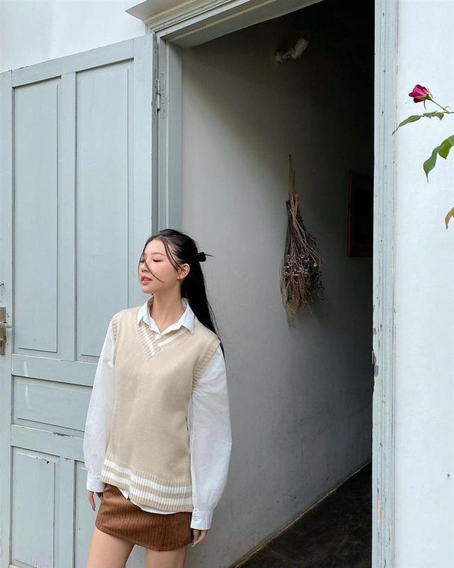 """Chi Pu, Tóc Tiên khoe vòng 1 đẫy đà nhưng chưa """"bén"""" bằng Lan Ngọc - Ảnh 12."""