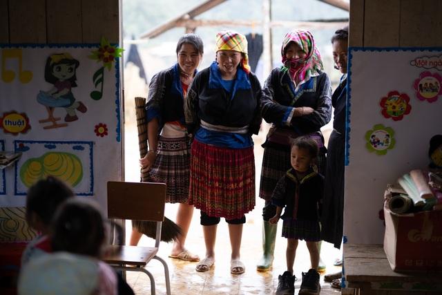 Lớp học của 2 cô giáo và 31 đứa trẻ trên đỉnh Mù Cang Chải - Ảnh 21.