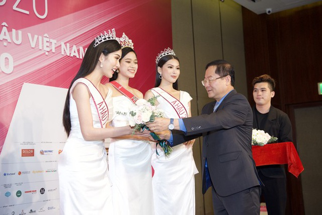 BTC Hoa hậu Việt Nam 2020 và Tân Hoa hậu nói gì về những hạt sạn đêm chung kết và nghi vấn mua giải? - Ảnh 4.