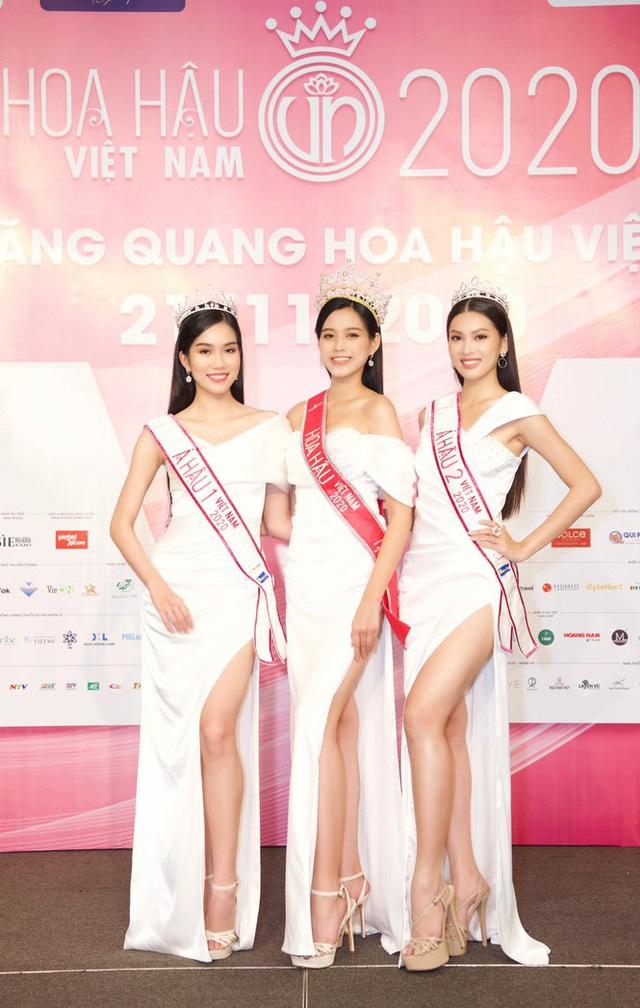 Gia cảnh và tính cách ngoài đời thực của tân Hoa hậu Đỗ Thị Hà trong mắt bố mẹ và người thân - Ảnh 8.