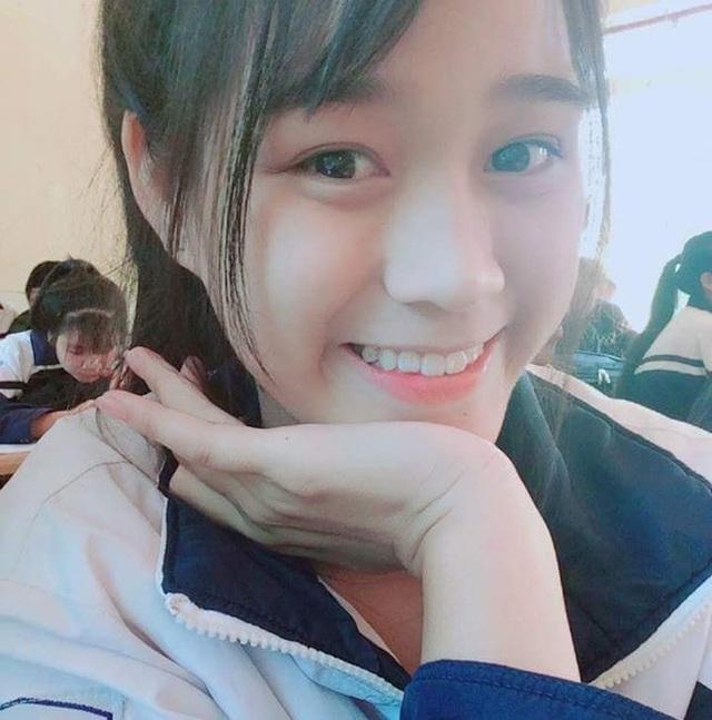 Nhan sắc mộc mạc và nụ cười hút hồn của Tân Hoa hậu Việt Nam 2020 - Ảnh 12.