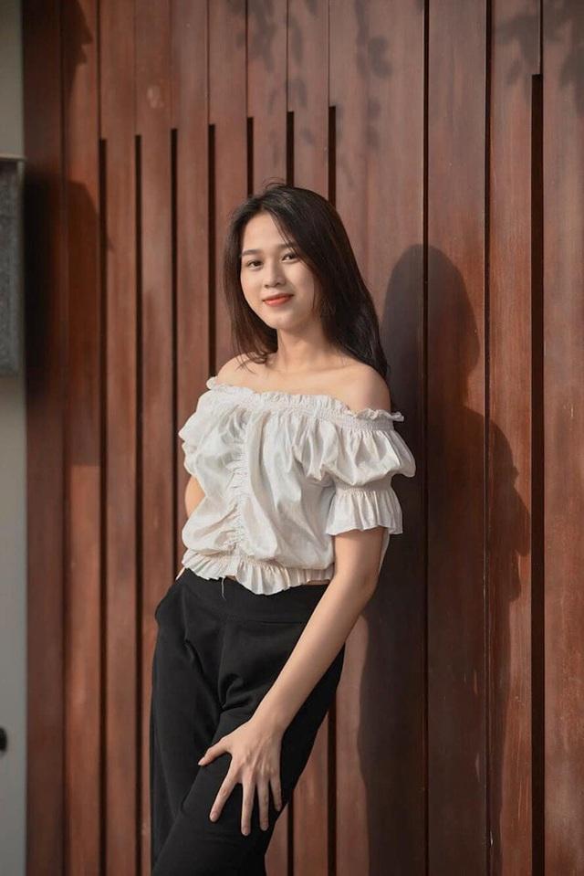 Nhan sắc mộc mạc và nụ cười hút hồn của Tân Hoa hậu Việt Nam 2020 - Ảnh 10.