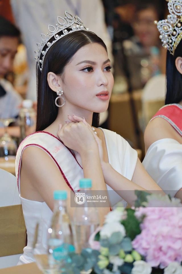 Bộ ảnh đọ sắc nét căng đầu tiên của Top 3 Hoa Hậu Việt Nam 2020: Tân Hoa hậu Đỗ Thị Hà bất ngờ bị Á hậu 2 Ngọc Thảo giật spotlight! - Ảnh 8.