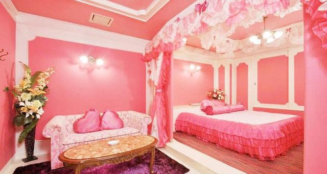 Vì sao khách sạn tình yêu ở Nhật Bản đắt khách trở lại? - Ảnh 3.