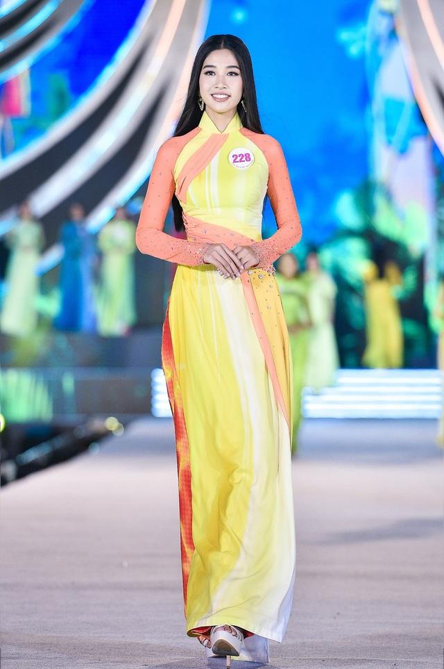 Vân Ly - từ tiếp viên hàng không đến Top 10 Hoa hậu Việt Nam - Ảnh 7.
