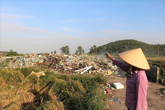 Hãi hùng những bãi rác bủa vây dân cư ở Hải Phòng - Ảnh 4.