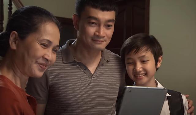 Lửa ấm tập 39: Tiểu tam quyết phá nát gia đình bạn thân khi dụ dỗ Minh sang nước ngoài cùng mình - Ảnh 4.