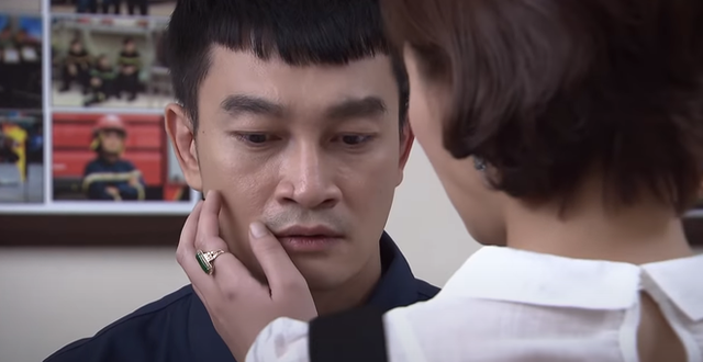 Lửa ấm tập 39: Tiểu tam quyết phá nát gia đình bạn thân khi dụ dỗ Minh sang nước ngoài cùng mình - Ảnh 2.