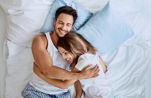 Tình dục giúp bạn sống lâu hơn như thế nào? 12 lợi ích tuyệt vời của tình dục với sức khỏe - Ảnh 1.