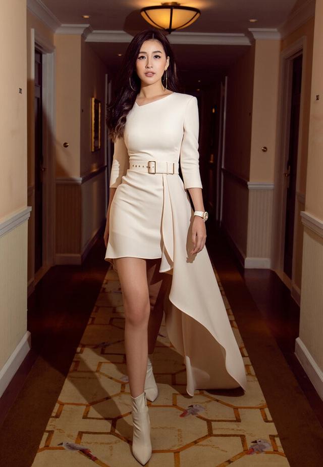 Hoa hậu Mai Phương Thúy: Tôi đề nghị chia tay nhiều lần nhưng bạn trai từ chối - Ảnh 2.