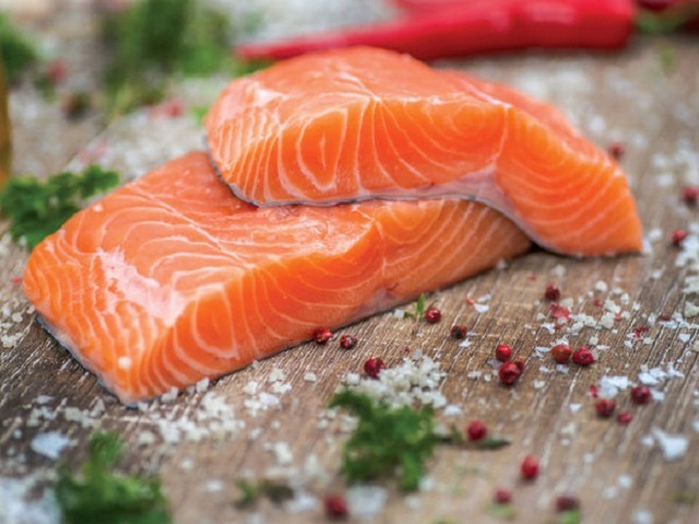 9 loại thực phẩm cực kì tốt cho sức khỏe nhưng chuyên gia khuyên không nên ăn thường xuyên, lý do nghe cũng thấy rùng mình - Ảnh 4.