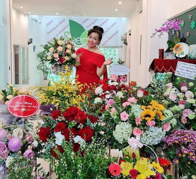 Không gian sống nhà trong vườn đầy lãng mạn của ca sĩ Thùy Dung - Ảnh 9.
