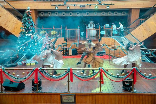 Mùa Giáng sinh 2020 tại Sun World Ba Na Hills sẽ kéo dài đến 31/12 - Ảnh 2.