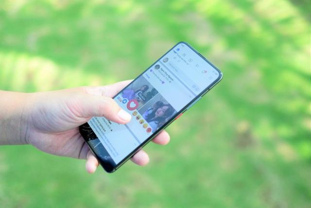 Loạt smartphone 5G có giá tốt tại Việt Nam - Ảnh 4.