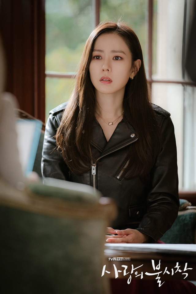 4 kiểu tóc đẹp đỉnh cao của Son Ye Jin: Đều hợp với nàng U30, ngắm thì kiểu gì cũng tìm thấy chìa khóa lên đời nhan sắc - Ảnh 8.
