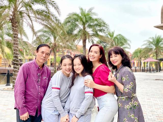 15 năm hôn nhân viên mãn của Minh Khang - Thuý Hạnh cùng hai cô công chúa đáng yêu - Ảnh 7.