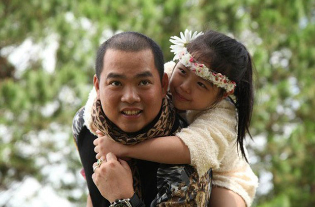15 năm hôn nhân viên mãn của Minh Khang - Thuý Hạnh cùng hai cô công chúa đáng yêu - Ảnh 1.