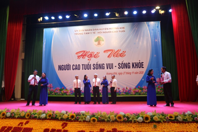 Hương Khê, Hà Tĩnh: Hội thi Người cao tuổi sống vui - sống khỏe năm 2020 - Ảnh 1.