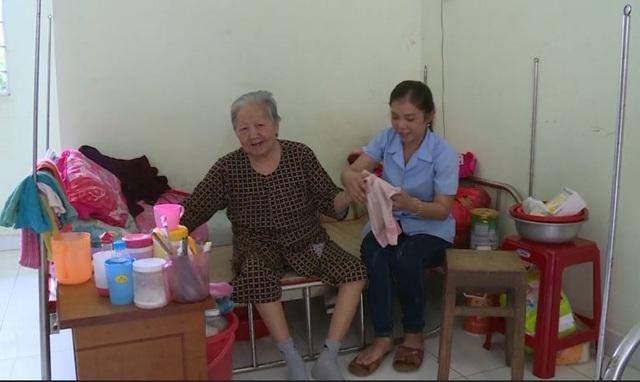 Long An thực hiện mô hình nuôi dưỡng người cao tuổi tự nguyện tại Trung tâm công tác xã hội - Ảnh 2.
