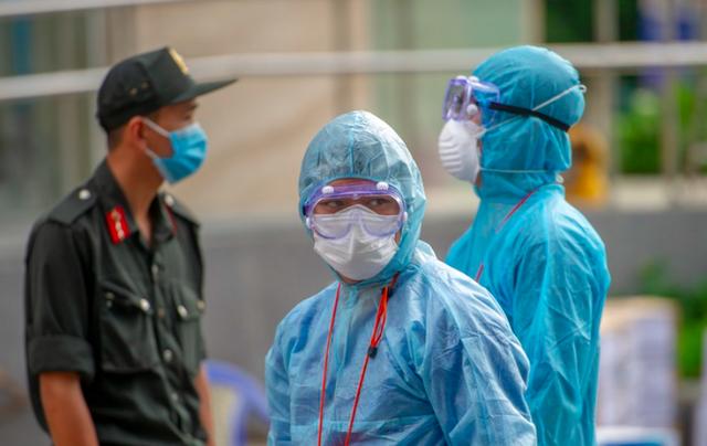 2 người nhập cảnh chui và cô gái từ Mỹ về nhiễm COVID-19 - Ảnh 2.