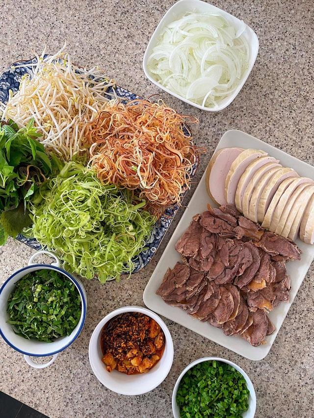 یک کاسه جذاب آش رشته گوشت گاو از Tang Thanh Ha - تصویر 3.