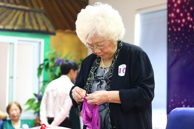 """Cụ bà đăng quang """"hoa hậu"""" ở tuổi 88 - Ảnh 3."""