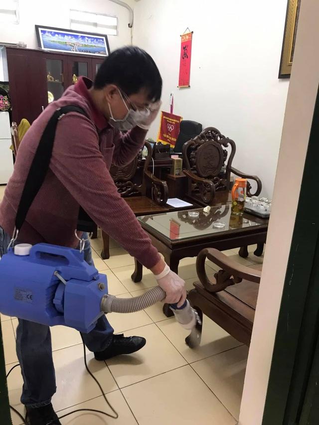 Nhiều trường ở Hà Nội chủ động phun khử khuẩn đảm bảo an toàn cho học sinh - Ảnh 8.