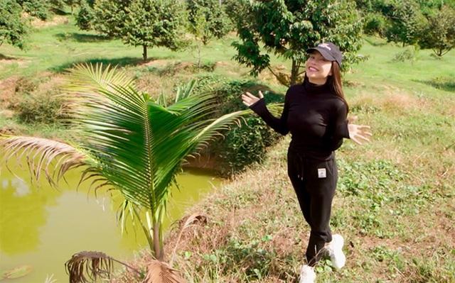 Khu vườn rộng gần 10.000 m2 bạt ngàn cây trái của Trà Ngọc Hằng - Ảnh 5.