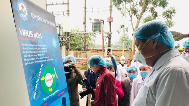 Từ hôm nay, cả xã Sơn Lôi bị cách ly 20 ngày, Bộ Y tế đồng hành cùng Vĩnh Phúc không để dịch bệnh lây lan rộng - Ảnh 4.