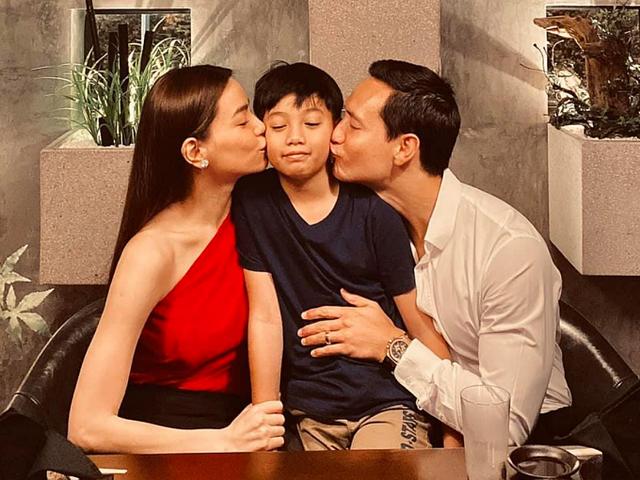 Sao Việt đón Valentine bên người yêu, gia đình - Ảnh 1.