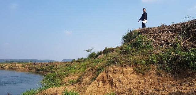 """Huyện Cẩm Thủy, Thanh Hóa: Nỗi lo sông """"nuốt đất, nuốt nhà"""" trước mùa mưa bão - Ảnh 1."""